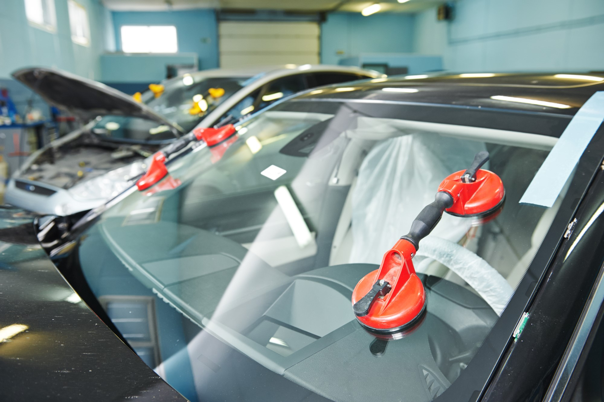 Glass Fitment And Repair Solutions